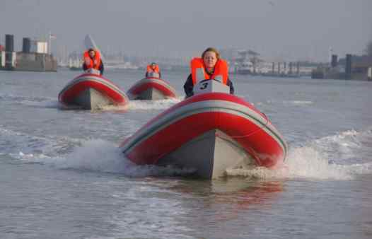 Wavekarting 2p per boot Cadzand